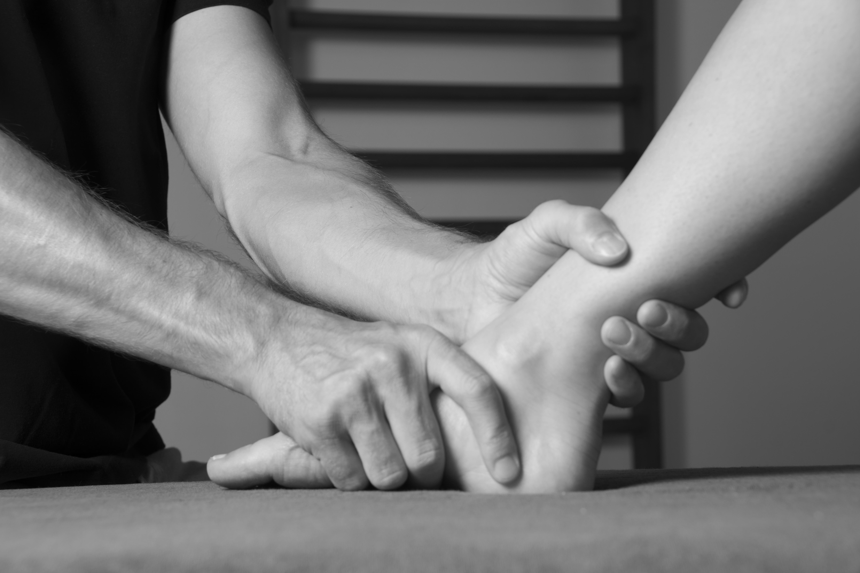 Kinesitherapeuten, Kortenberg, Sportrevalidatie, Kinesitherapeut, Massage, Revalidatie, Manuele therapie, Rugpijn, Rugschool, Therapeut, Lichaamstherapie, Sportfysiotherapie, Nekscholing, Ontspanningstherapie, Sportletsels, Personal trainer, Kinesist, Kine, Kinesisten, Erps-Kwerps, Fysiotherapie, Rugklachten, Krachttraining, Alexander Speybrouck